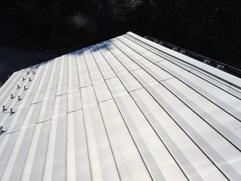金属屋根 葺き替え工事